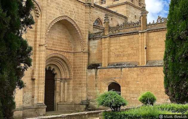 Resultado de imagen de Puerta de Amayuelas ciudad rodrigo