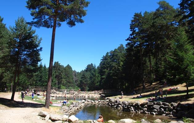 El chorro de navafr a segovia for Navafria piscinas naturales