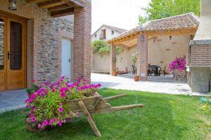Casa rural Peñamora en Miguelaez