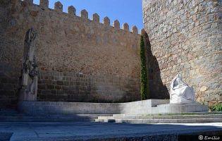 Santa Teresa de Jesús - Muralla de Ávila