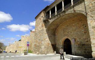 Puerta del Rastro - Muralla de Ávila