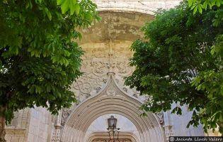 Portada Santa María de la Asunción - Dueñas