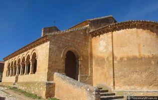 Iglesia románica de San Martín - Rejas de San Esteban