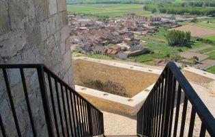 Acceso a la Torre del Castillo - Langa de Duero