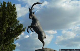 Monumento Cabra Montés - Hoyos del Espino