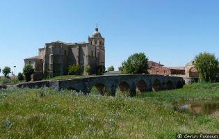 Iglesia y puente de Villasandino