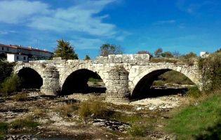 Puente Romano de Quincoces de Yuso.