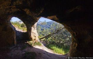 Cueva de los Portugueses - Tártales de Cilla