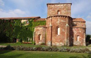 Monasterio románico de Mave
