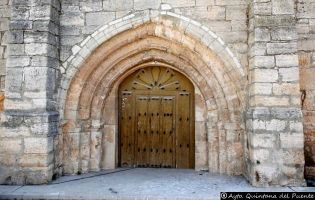 Portada Iglesia de San Esteban - Quintana del Puente