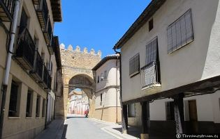 Puerta de la Aguilera - Berlanga de Duero