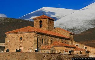 Iglesia parroquial Cueva de Agreda