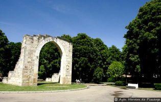 Puerta de Aguilar - Herrera de Pisuerga