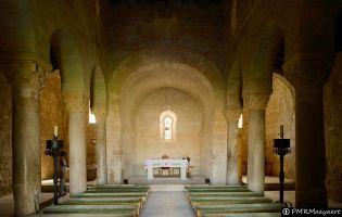 Interior Basílica visigótica de San Juan de Baños