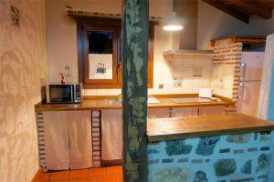 Cocina Casa rural La Cabaña de Polendos