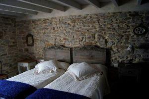Casa rural situada cerca de Ojo Guareña y los Cañones del Ebro - Casa Encanto