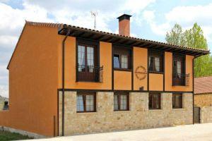 Casa rural Entrada Río Lobos I y II en Hontoria del Pinar - Burgos