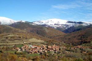 Casa rural con amplio jardín, huerto y barbacoa en la Sierra de la Demanda - Burgos
