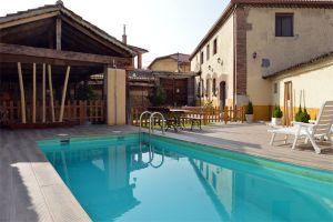 Casa rural con piscina - Cuéllar