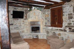 Casa rural Las Machorras - Cabañas pasiegas al norte de Burgos