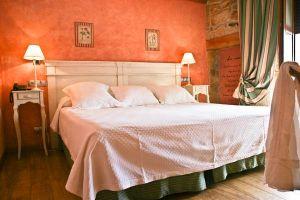 Habitaciones con televisión, internet y baño completo en Quintanar de la Sierra - Burgos