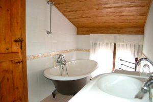 Habitaciones con baño incluido en la Ribera del Duero - Casa Rural El Rincón de la Tía Elena