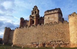 Qué ver en Tierra de Pinares - Castillo de Turégano - Segovia