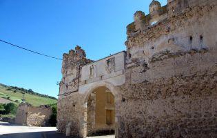 Casa fortaleza en Tierra de Pinares - Laguna de Contreras - Segovia