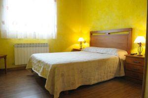 Alquiler completo o compartido - Alojamiento rural Fuentelamora - La Revilla y Ahedo - Burgos