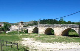 Puente medieval sobre el río Duratón - Fuentidueña