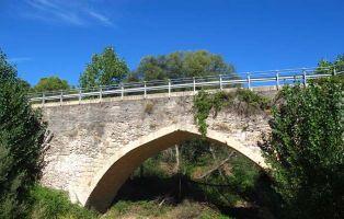 Puente sobre el Río Voltoya - Puente Chico en Coca