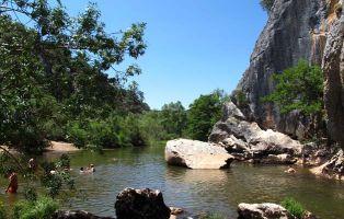 Qué hacer en Covarrubiar - Zona de baño río Arlanza