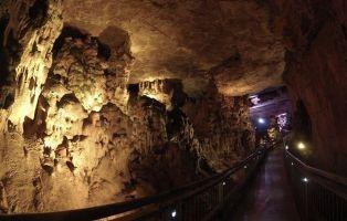 Visita a la Cueva de los Franceses - Montaña Palentina