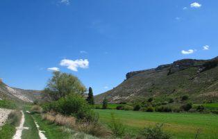 Valle del río Botijas - Cuevas de Provanco
