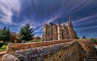 Muralla y Palacio Episcopal - Astorga