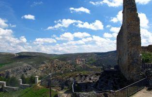 Qué visitar en Fuentidueña - Necrópolis junto a la Iglesia de San Martín