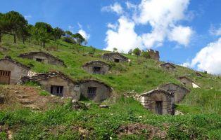 Bodegas tradicionales - Camino de la Necrópolis de San Martín - Fuentidueña - Segovia