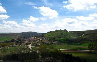 Pueblo con encanto Segovia - Villa medieval de Fuentidueña - Villa amurallada Segovia