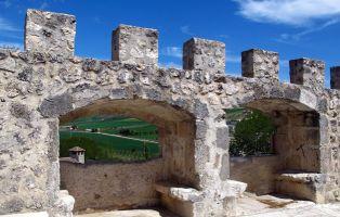 Muralla de Fuentidueña - Villa amurallada de Segovia