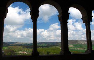 Qué visitar en Fuentidueña - Iglesia románica de San Miguel