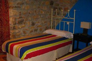 Hotel rural en el Valle Valdebezana - La Pradera en Quintanaentello