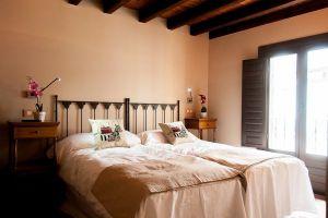 Habitación con baño de gran calidad en Covarrubias - Burgos