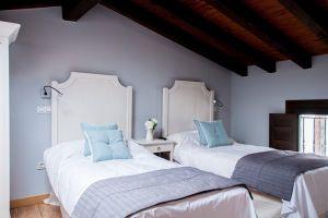 Hotel rural con nueve habitaciones en Covarrubias - Burgos