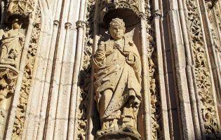 Fachada gótico isabelina en la provincia de Burgos - Aranda de Duero