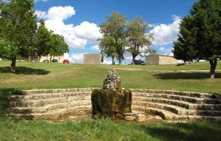 Fuente del área recreativa del Sabinar de Hornuez