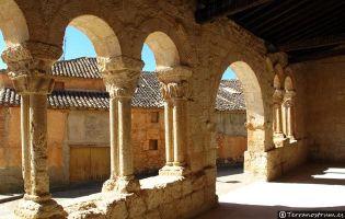 Galería porticada Iglesia de San Ginés - Rejas de San Esteban