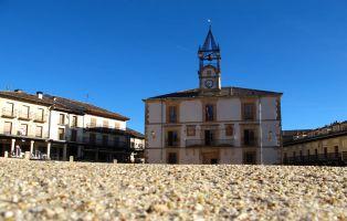 Plaza Mayor de Riaza - Senderismo Segovia