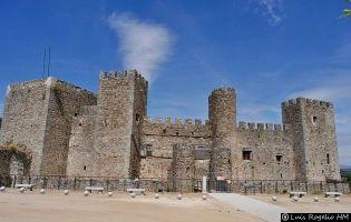 Castillo - Montemayor del Río