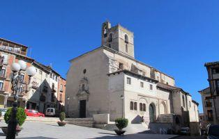 Plaza Mayor de Cuéllar - Iglesia de San Miguel