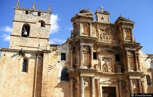 Iglesia de Gumiel de Izán